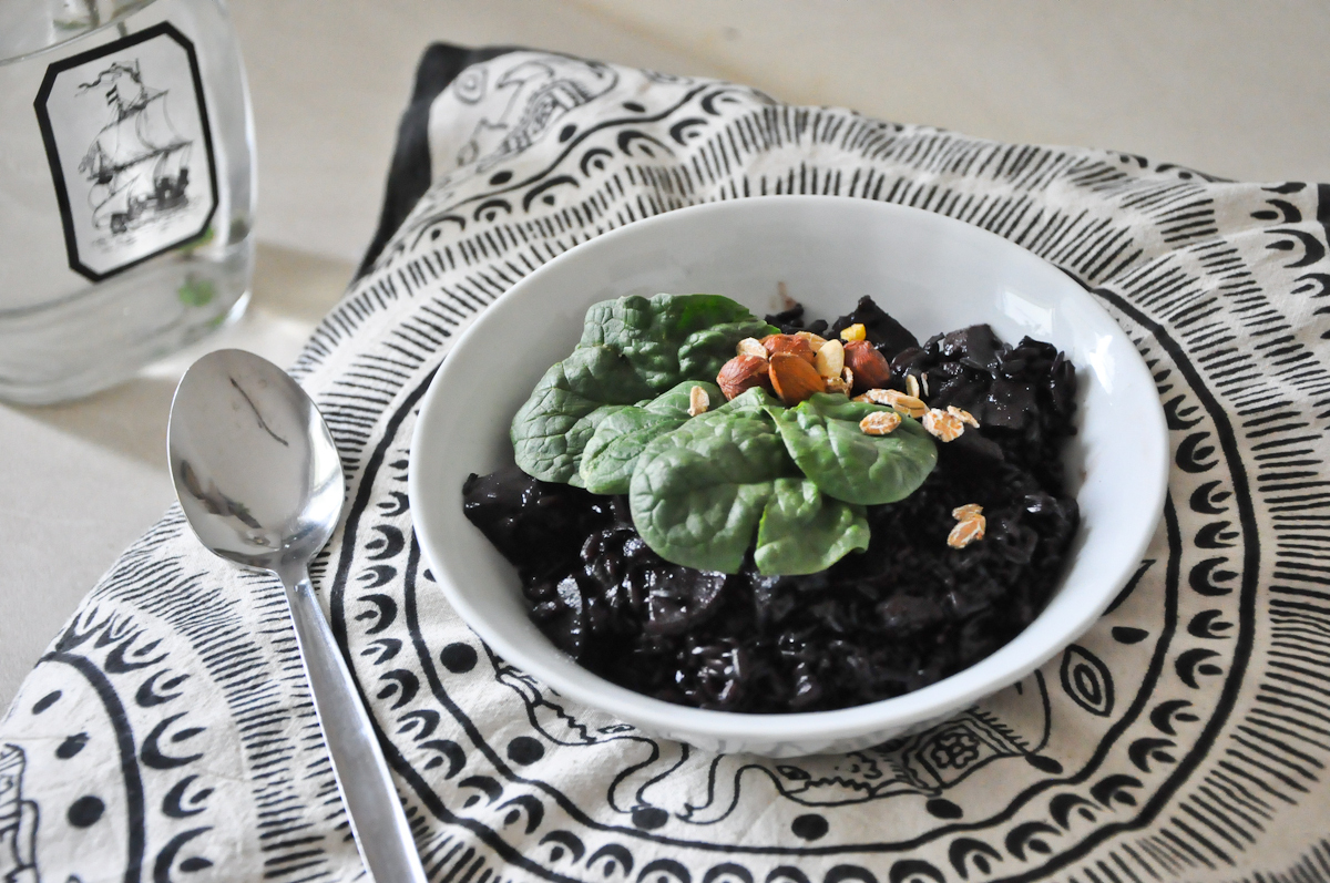 http://blogdogdaysofsummer.blogspot.co.at/2015/04/vegan-black-rice-risotto.html