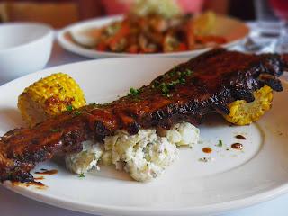 Grilled pork spareribs image