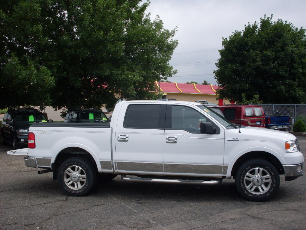 Ford F Lariat White likewise Nissansentra as well Nissan Sentra Se R further Nissansentra furthermore Nissansentrase R. on 2006 nissan sentra se