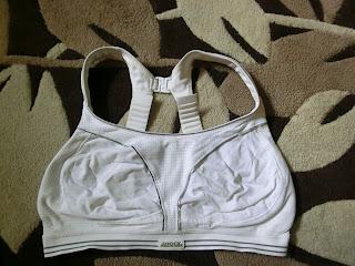 Shock absorber white run bra