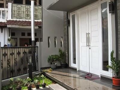 Model Design Bathroom Door Pool & Patio Fence Minimalist
