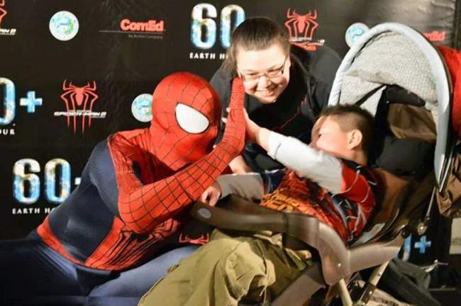 5-year-old Cancer Sufferer Brayden Denton Receives Superhero Funeral