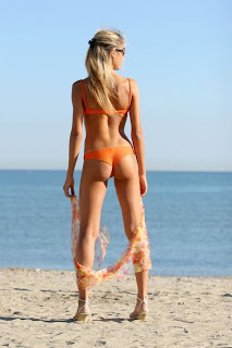 Silvia hot bikini beach girl blonde high definition quality photo