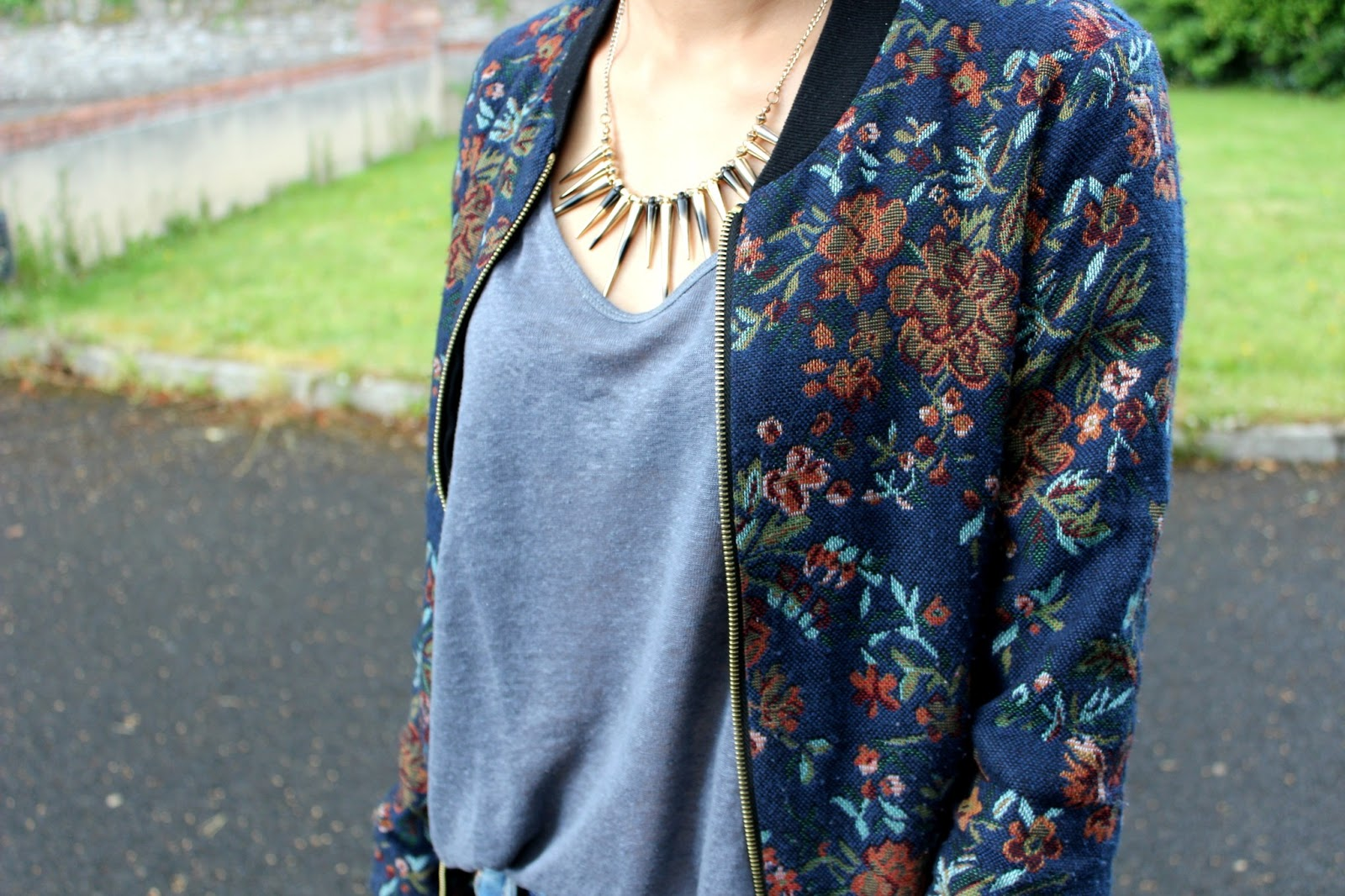 Lazy Obsession: floral bomber
