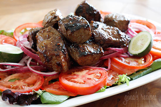 Vietnamese Shaking Beef (Bo Luc Lac) – an easy delicious steak salad with exotic flavors