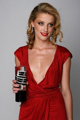 Amber Heard Hollywood Actress HQ Wallpaper-800x600-86