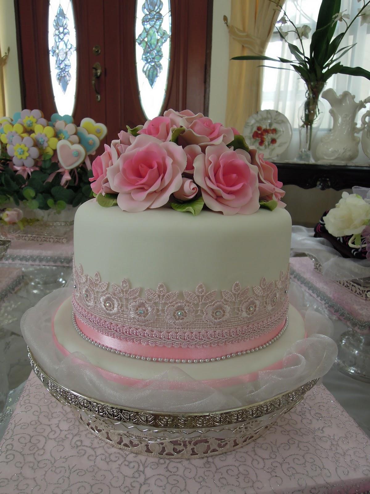 Pink Vanilla Cakes & Pastries Fondant Wedding Cake