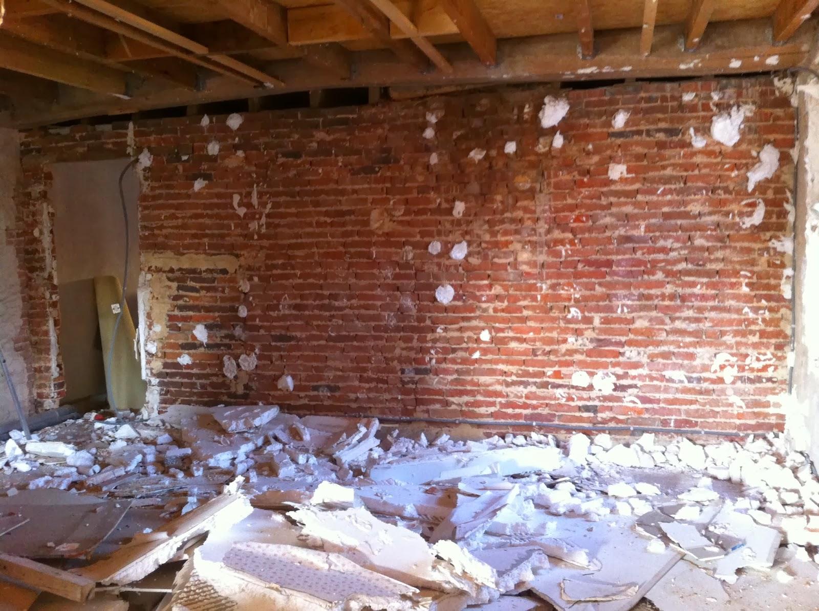 Verveine cognac r nover un mur de briques - Renover mur en pierre interieur ...