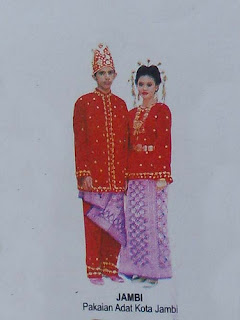 Pakaian Tradisional Jambi
