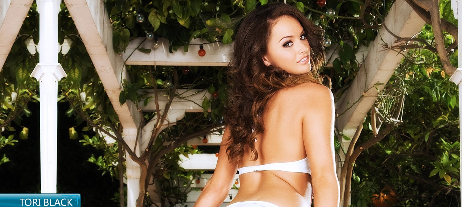 Hot Tori Black Bikini Photoshoot HD