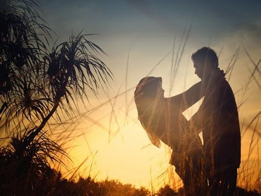 Pre Wedding diwaktu Sunset dan matahari terbenam