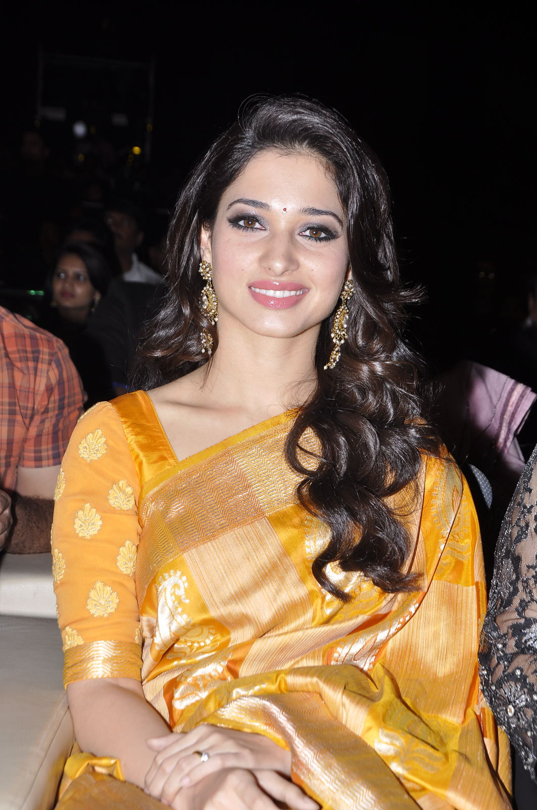 Tamanna at santhosham awards in saree