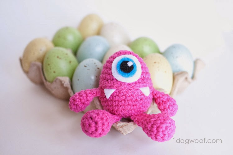 http://www.1dogwoof.com/2014/03/little-monster-easter-egg-crochet-pattern.html