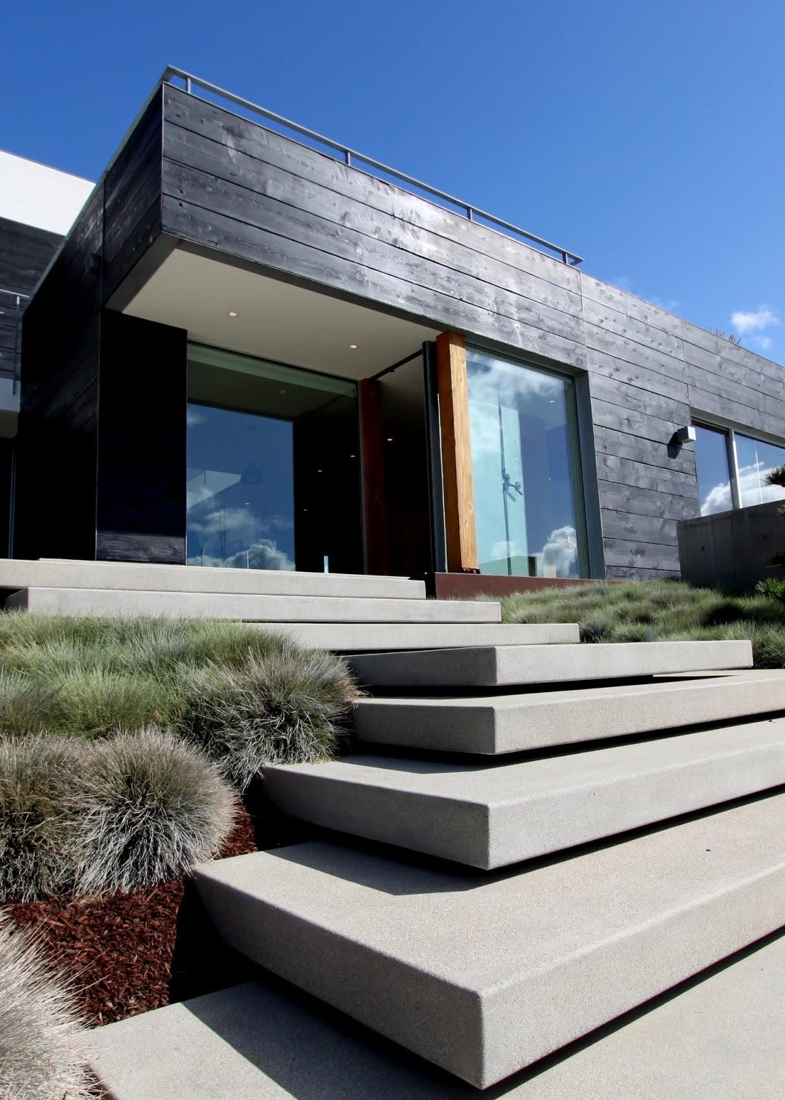 Dwell modern san diego 3 modern cardiff mid century for Construire un escalier exterieur en beton
