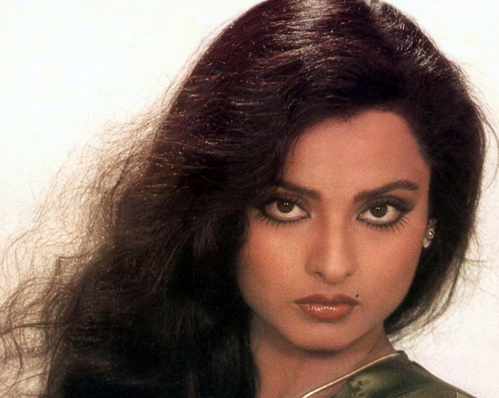 Rekha Wallpapers Free Download | Indian HD Wallpaper Free ...