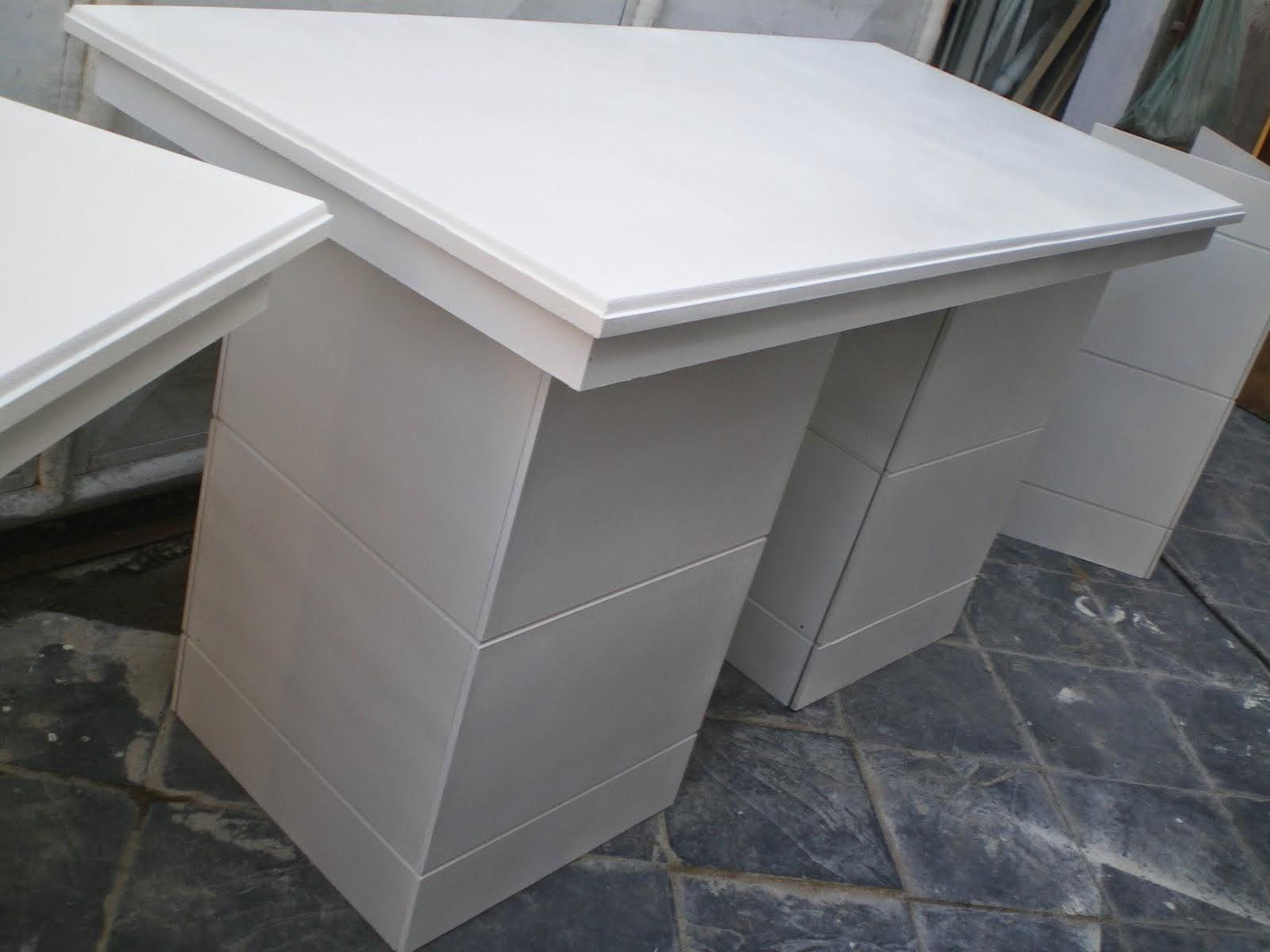mesa com frizos