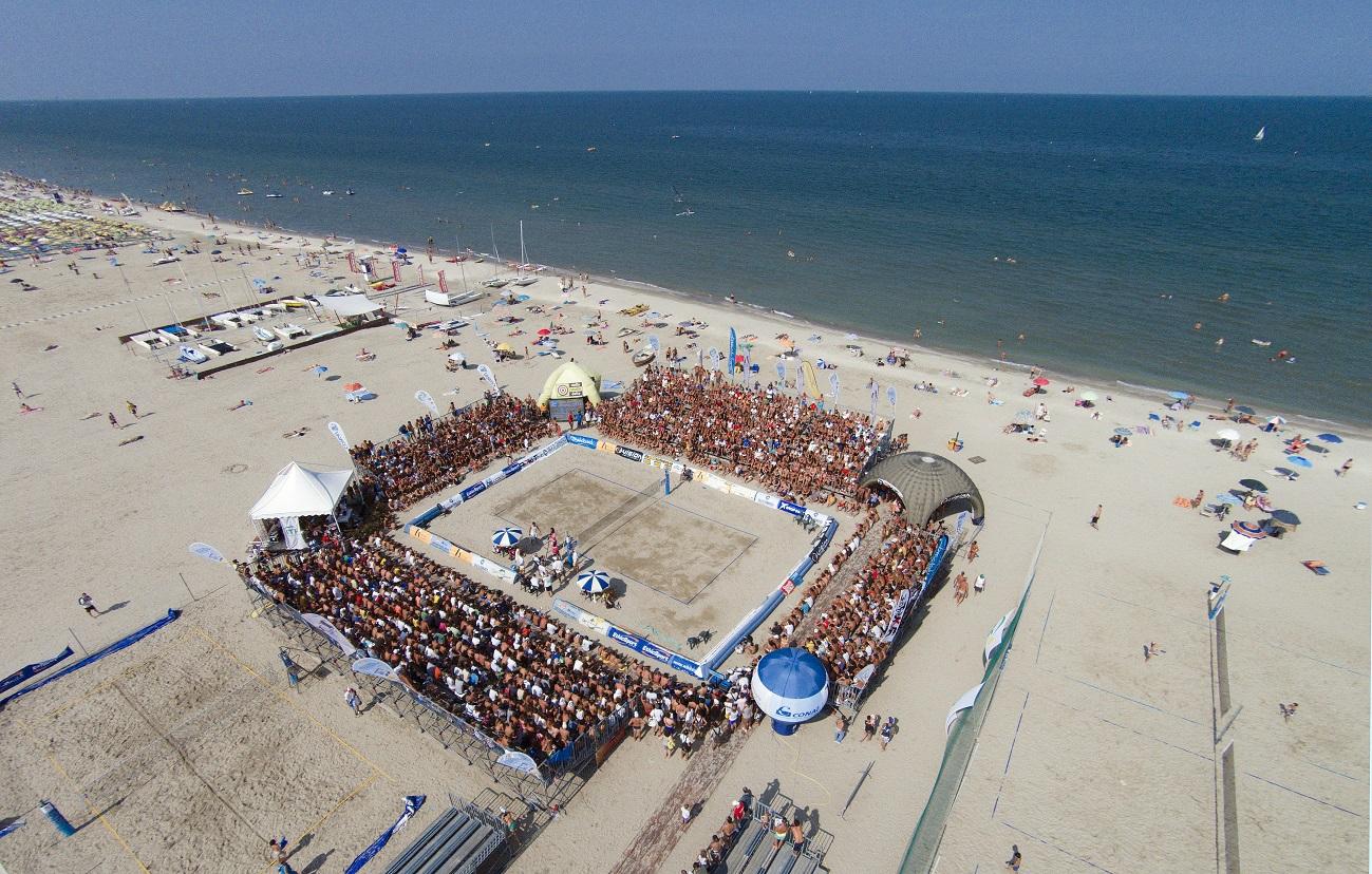 Campionato mondiale di beach tennis a pinarella di - Bagno palm beach pinarella ...
