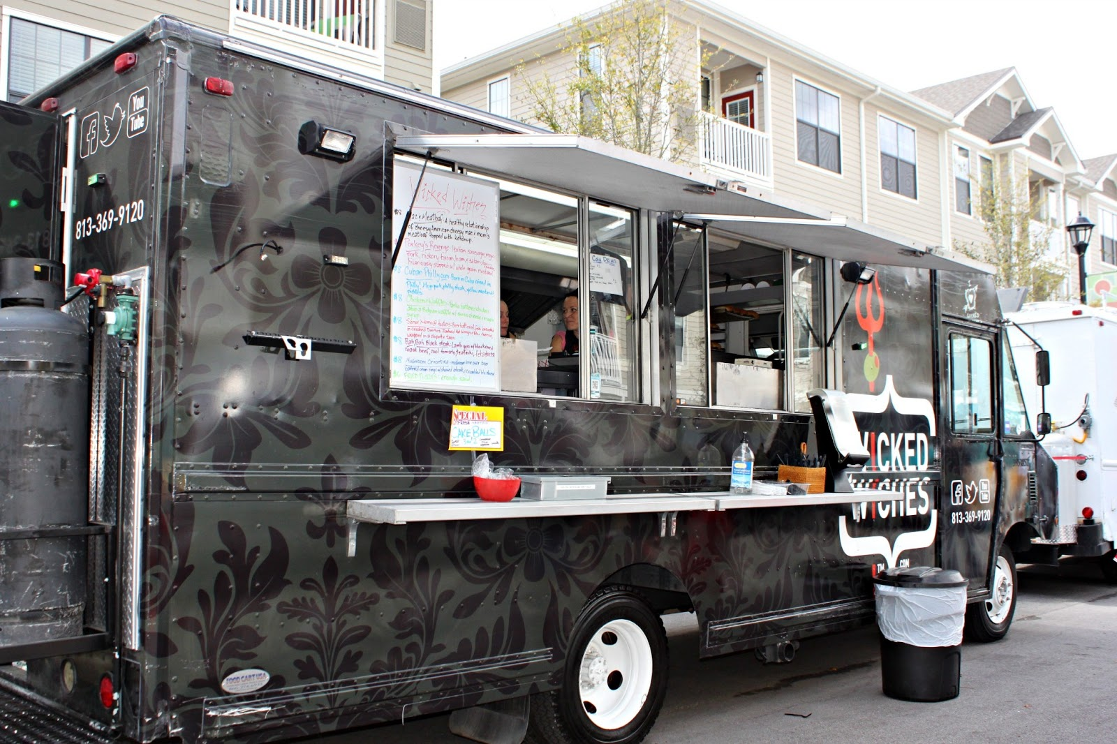 Food truck fun in citrus park the foodie patootie for Food truck plans