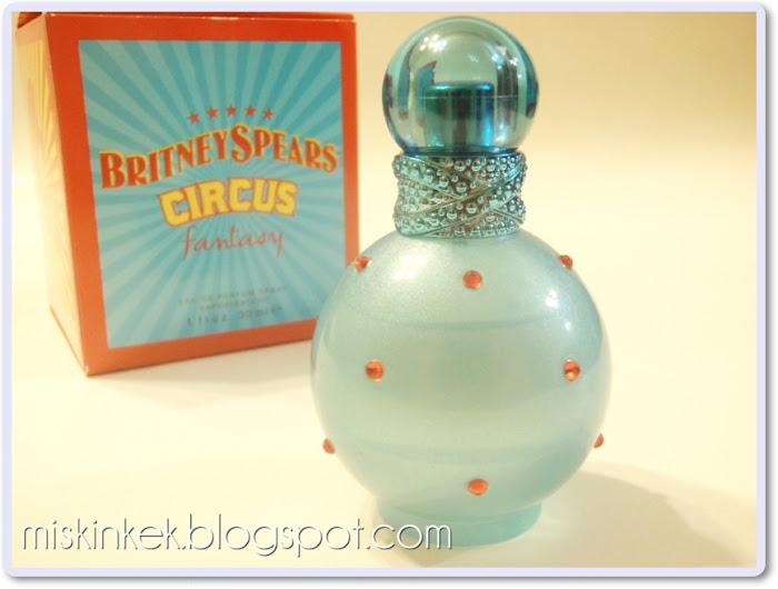 parfum,parfum yorumlari,parfüm,britney spears parfumleri
