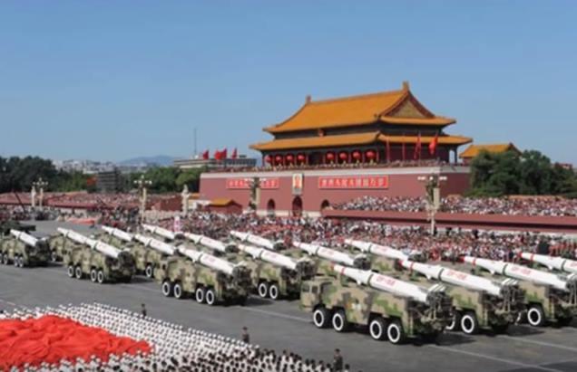 Gambar kekuatan militer China sangat ditakuti amerika