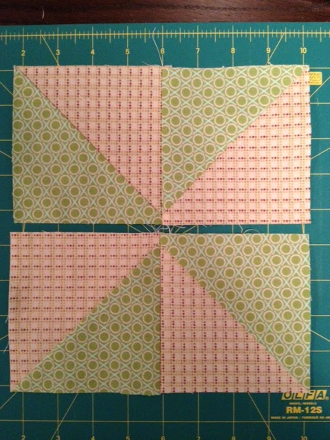 Gefällt Pinwheel block from multiple strips