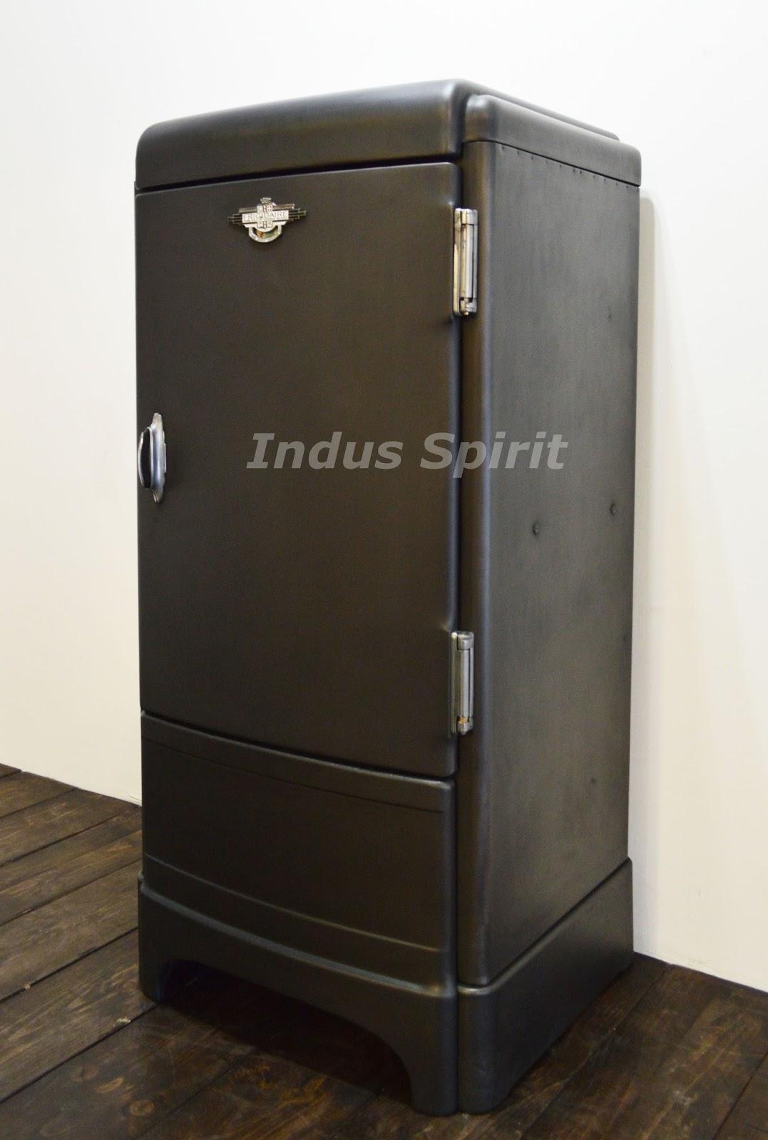 frigo frigidaire. Black Bedroom Furniture Sets. Home Design Ideas