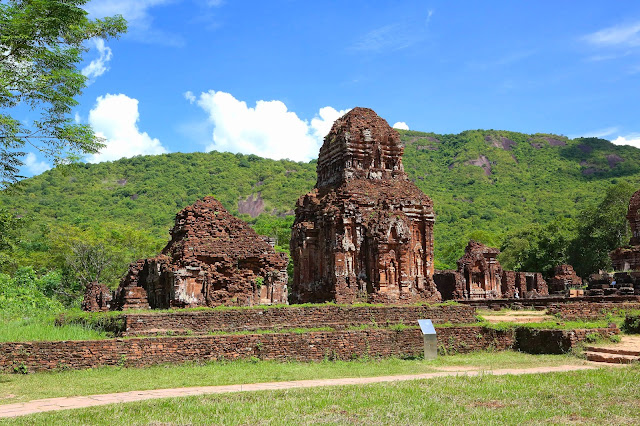 VIETNAM; Excursión en Hoi An; las ruinas de My Son