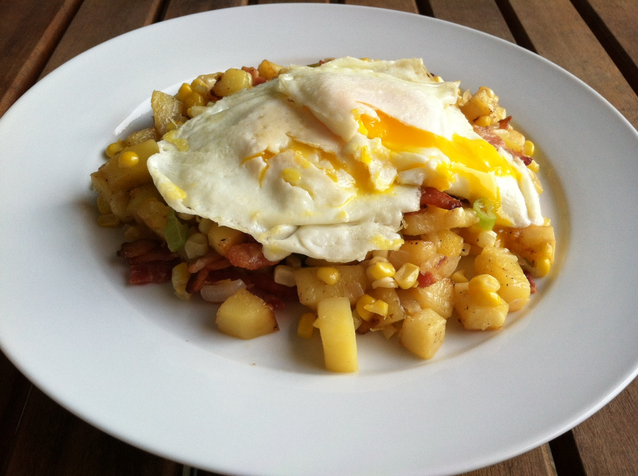 Taste of Home Cooking: Bacon Corn Hash with Fried Eggs