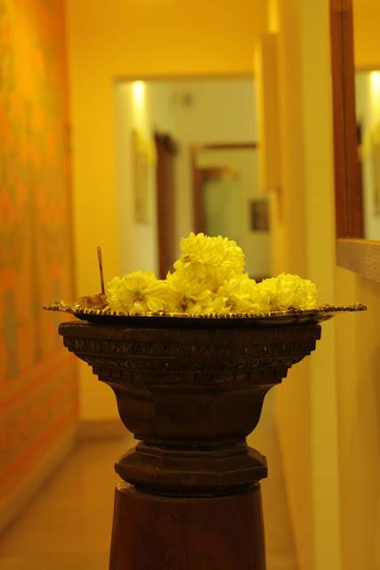 Sarangi annapackshi description on www.thekeybunch.com