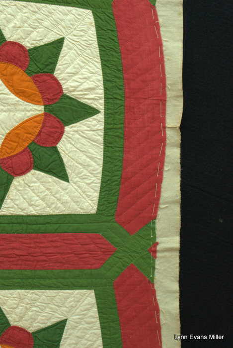Quilts Vintage And Antique Red And Green Quilt