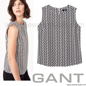 Princess Sofia Hellqvist GANT Braid Print Top