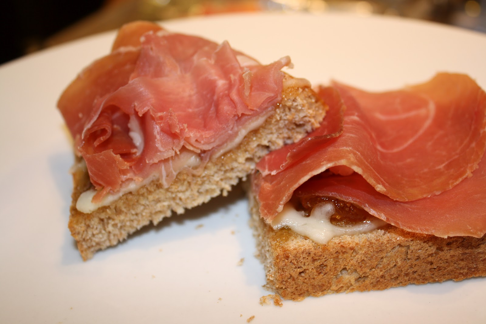 ... Dinner Happy Home: Remix: Prosciutto & Cheese Sandwich with Fig Jam
