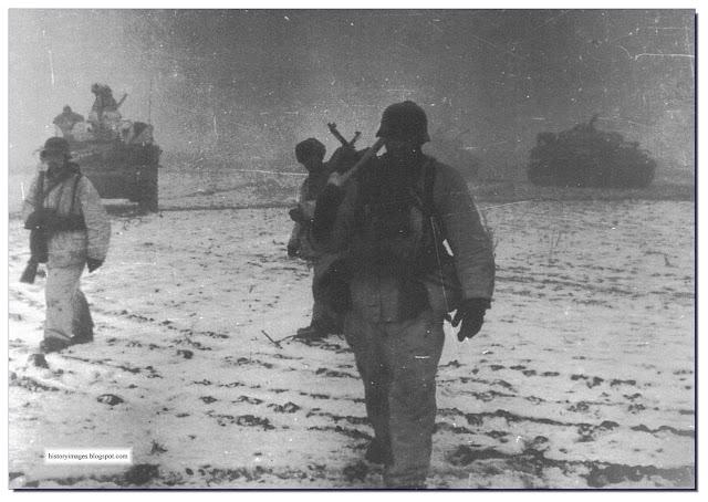 Viking Division SS grenadiers  tankers  Korsun. 1944