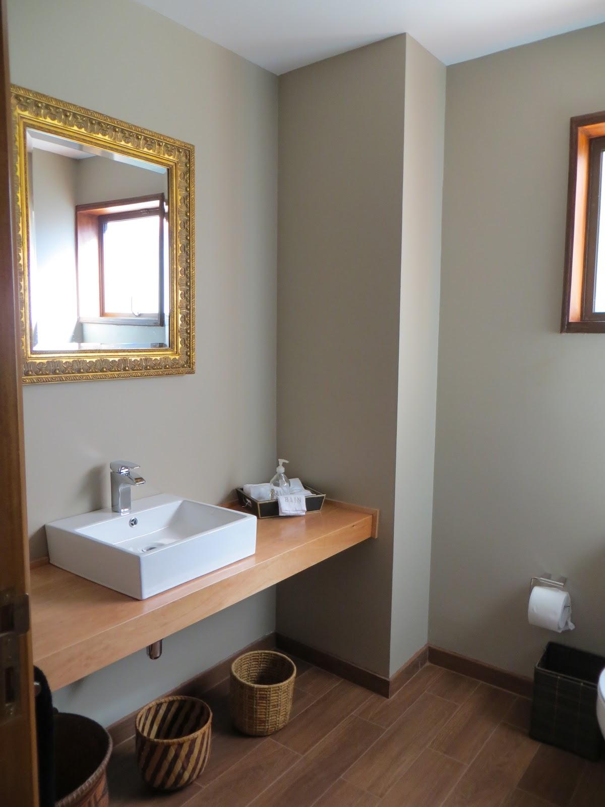 Baños Visita Modernos: adora: pequeño upgrade baño visita/ little upgrade guest bathroom