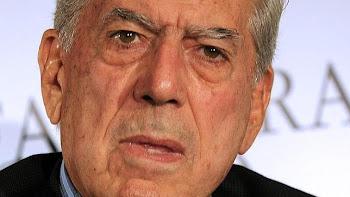 El escritor Mario Vargas Llosa