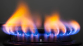 "Picture of Gas;img src=""https://2.bp.blogspot.com/-xNIxwOwTAHs/VcHOYZ1wnRI/AAAAAAAAA2s/dOmnkbEl6oY/s320/gas.jpg"" alt=""Picture of Gas "" />"