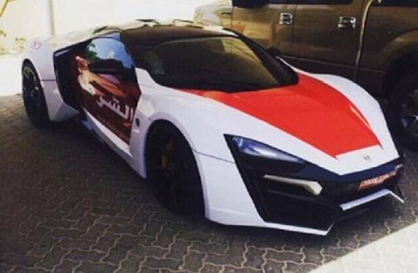 Polícia de Abu Dhabi tem carro de R$ 11 milhões
