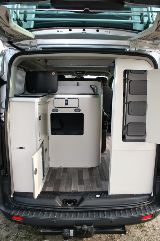 der neue ford custom nugget autos post. Black Bedroom Furniture Sets. Home Design Ideas