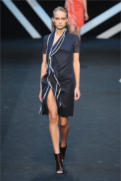 Paris Fashion Week S/S 2012: Katya Riabinkina debut in Guy Laroche show