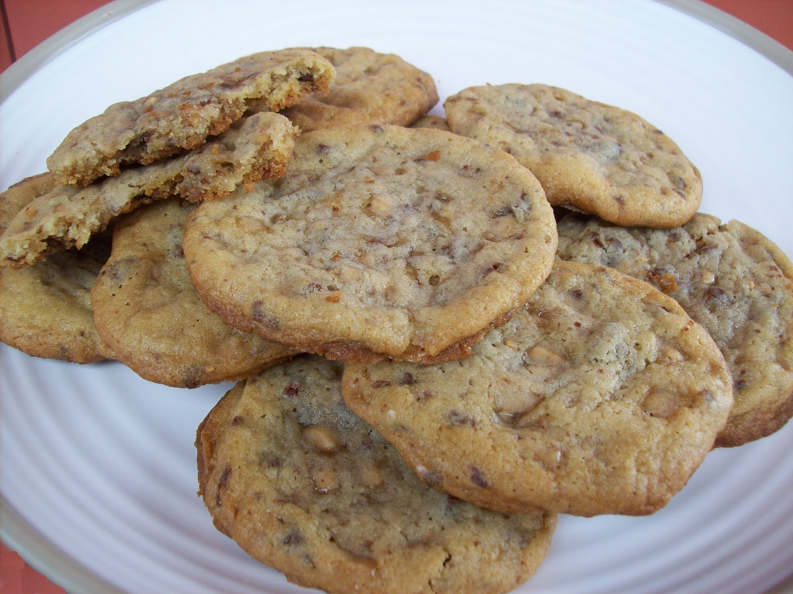 Delicious Discoveries: Heath Bar Cookies