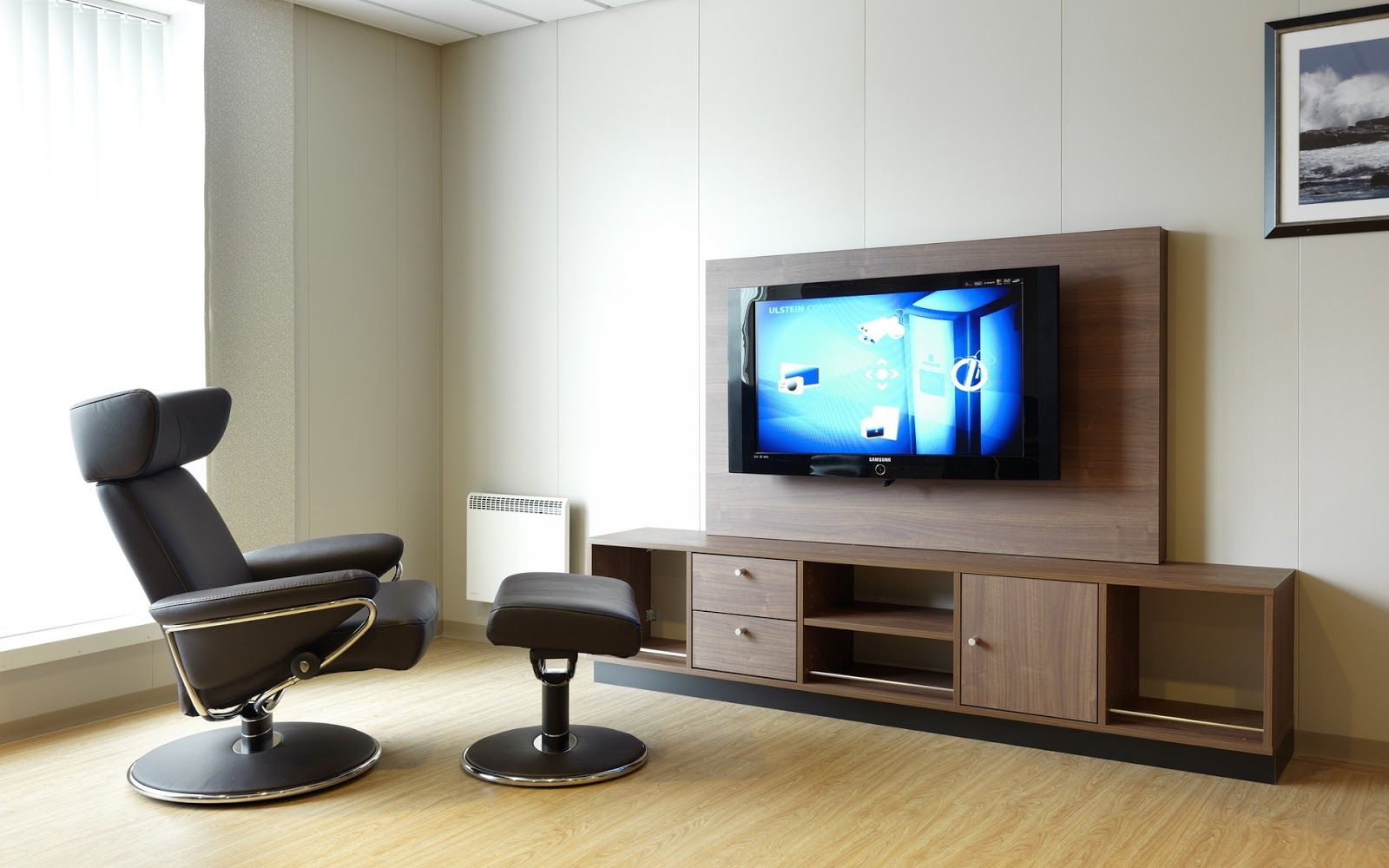 Stunning TV Room Interior Design 1600 x 1000 · 198 kB · jpeg