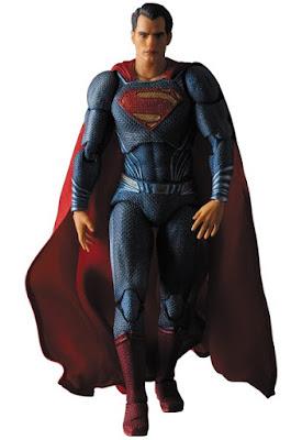 Ecco arrivare Superman della Medicom Toy tratto da Batman V Superman: Dawn of Justice