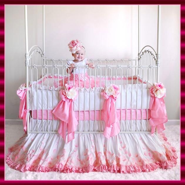 Comprar una cuna de beb chica elegante rom ntica y glamourosa ideas hogar para tu beb ideas - Como adornar una cuna para bebe ...