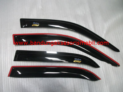 Talang Air Honda City 96-02 Original Black Depan Belakang