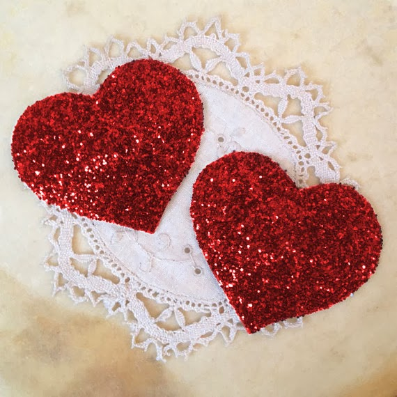 https://www.etsy.com/uk/listing/124986530/heart-glitter-nipple-tassels-in-a-range?ref=shop_home_active_16