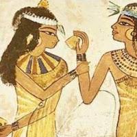cosméticos en mujeres egipcias