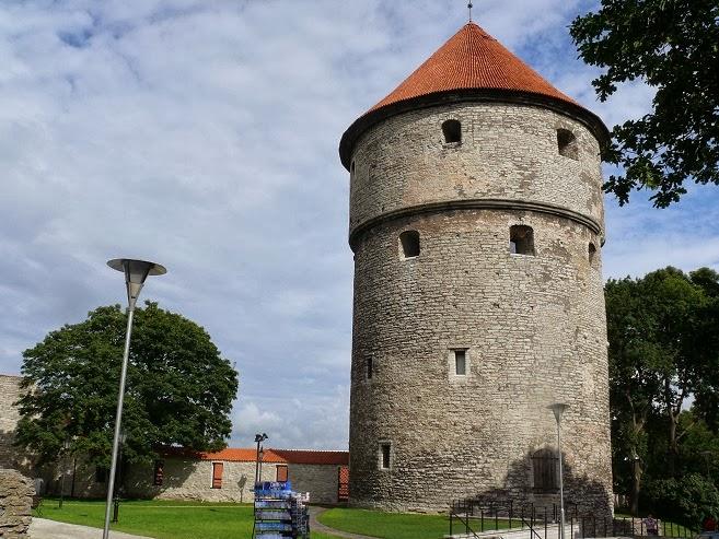 Tallinn. La Ciutat Baixa (Vanalinn) ~ km369 | Viatges, rutes i ...