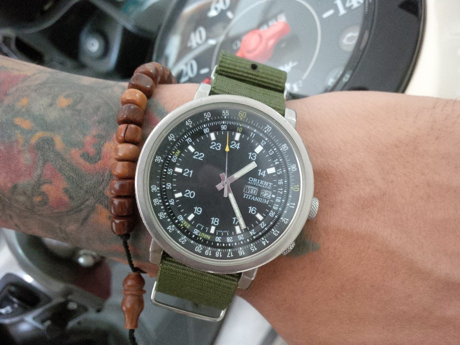 Jam Dan Waktu Orient Military Titanium EM58 CO Bigsize