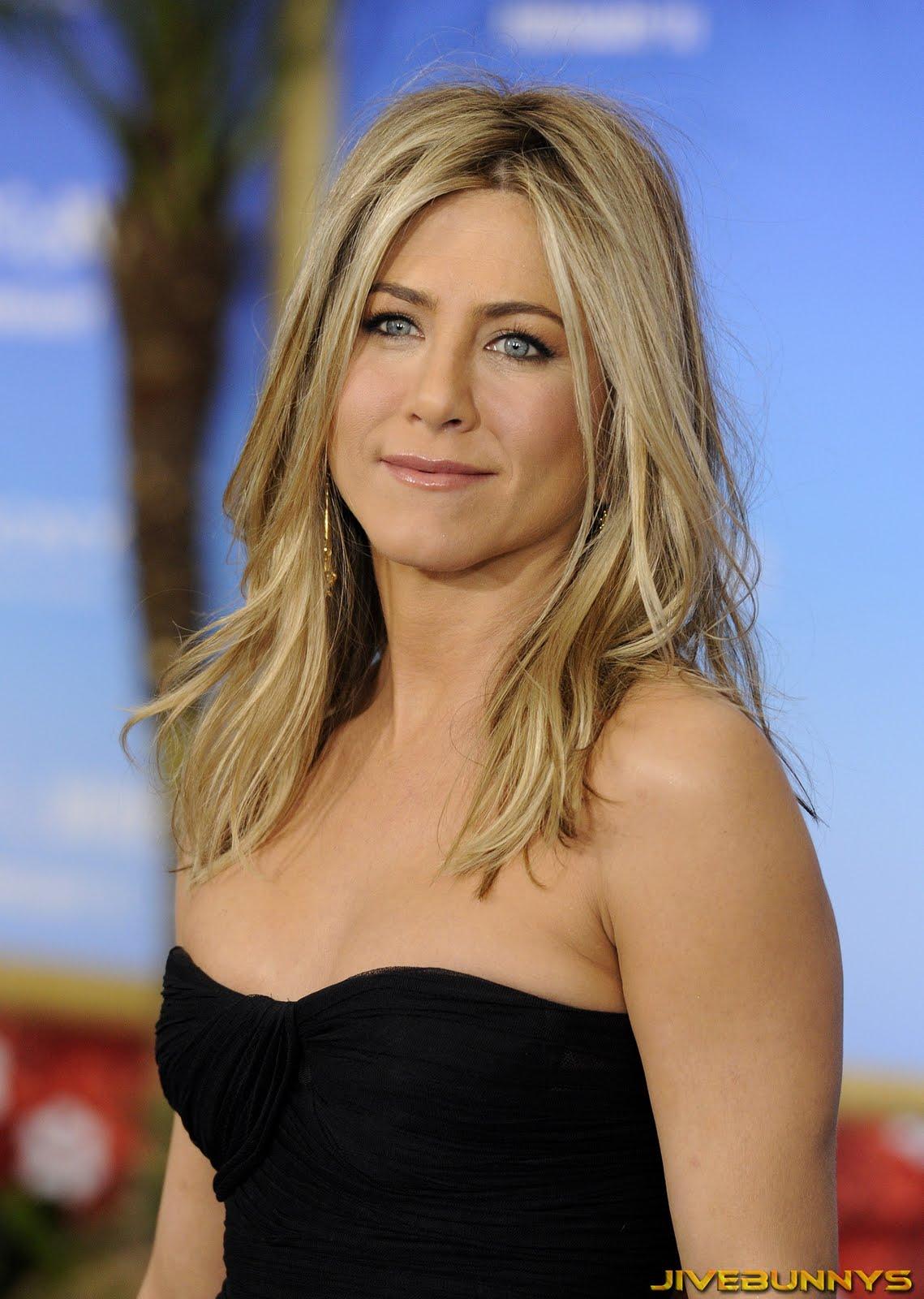 http://2.bp.blogspot.com/-xPJAeOU3vIk/ThOV0KvoZZI/AAAAAAAADdw/Uwvp_wtA1io/s1600/Jennifer+Aniston.jpg