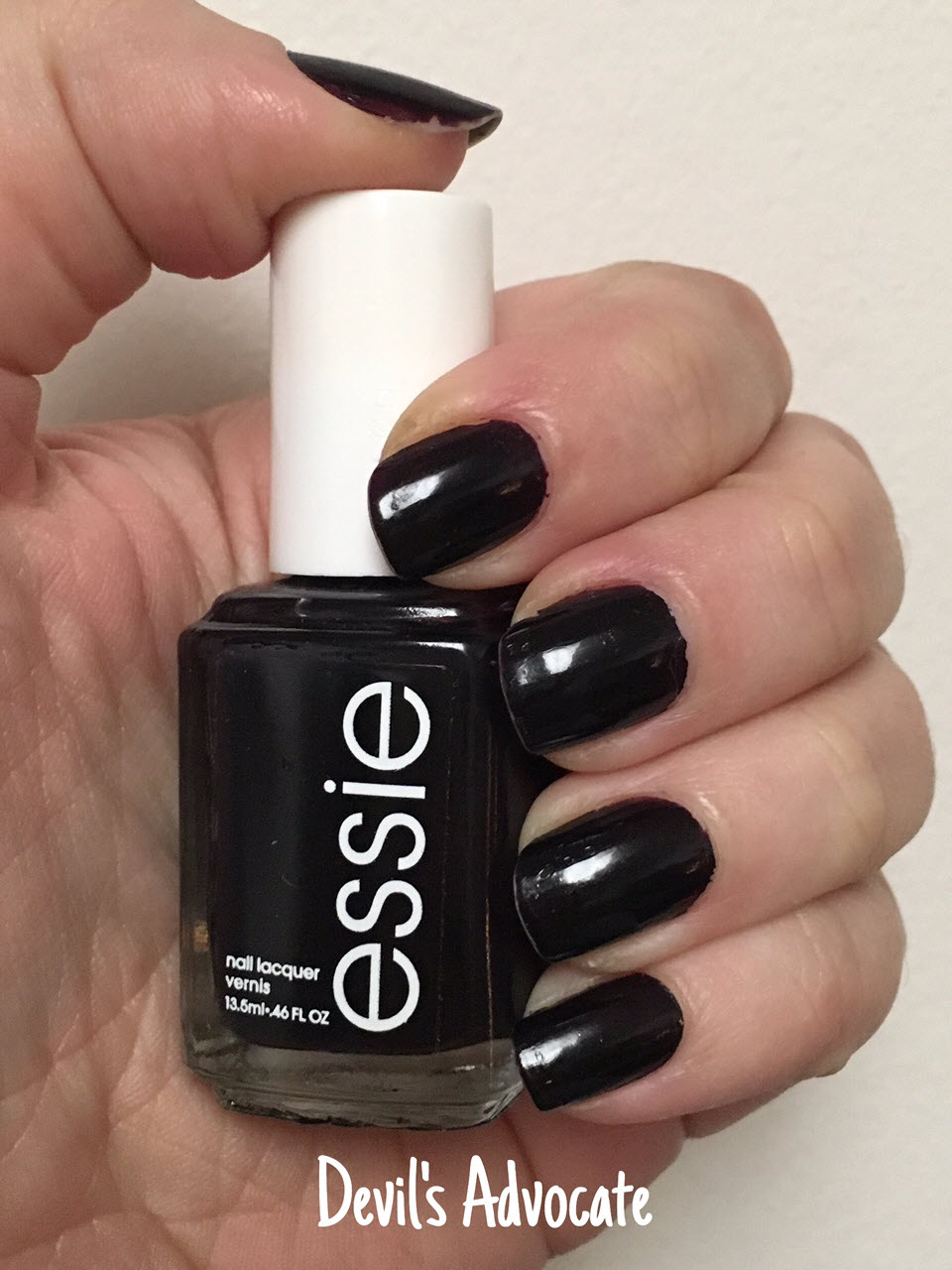 52 Shades of Nail Polish: A Mani for Every Monday of the Year: Essie ...